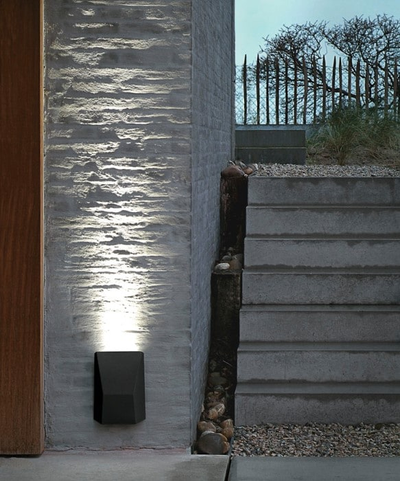 9 beautiful outdoor led wall lights dmlights blog - Eclairage jardin led ...