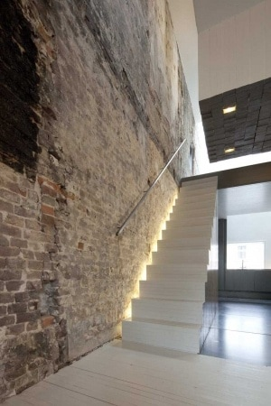 Indirect lighting goes anywhere some examples dmlights blog - Huis trap licht ...