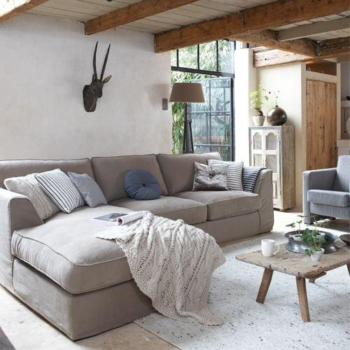 Inspiratie inspiratie rustige slaapkamer De stoffen zetel, kussens, dekens, tapijten en lampenkappen zorgen ...