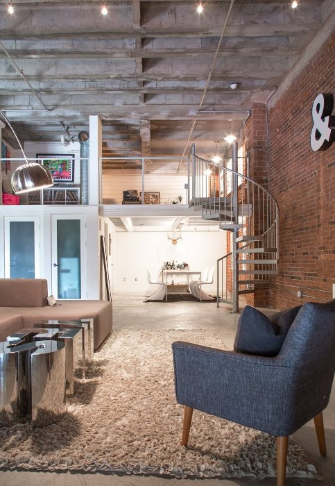 Industrial lofts often give you a huge sense of space. Source: Apartmenttherapy.com & Everything you should know about industrial-style interior design ...