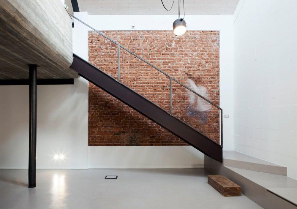Nackte Ziegelmauern