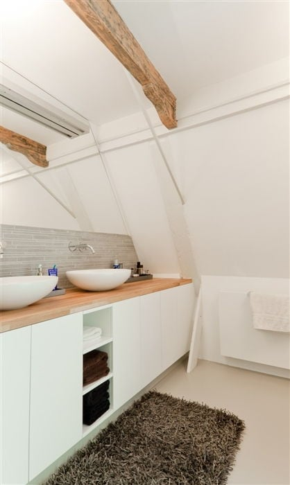 Pristine White Interior With Natural Touches Of Wood   dmlights Blog